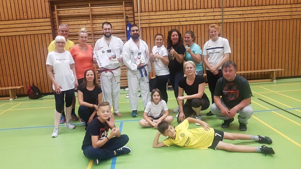 Yoga: Selbstverteidigung mit dem Trainer Burhan Yilmaz vom TV Bad Cannstatt Taekwondo am 20.09.2019