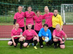 Read more about the article Deutsche Kleinfeldmeisterschaft der Frauen beim DG Sportfest vom 26. bis 28.August 2021 in Dresden
